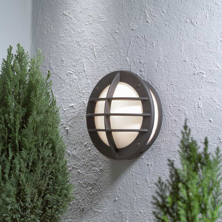 ODEN 515 Classic Wall Lantern