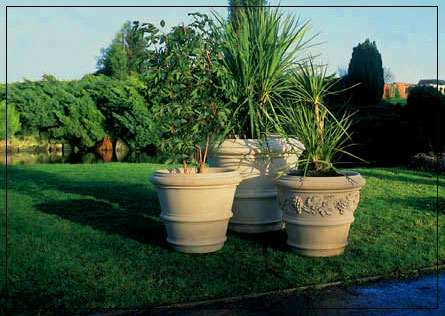 Verona Planter (Large) Garden Ornament