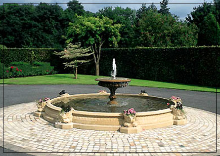 Extra Large Windsor Pool Surround