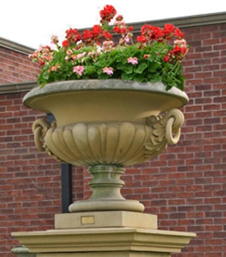 FLORAL DISPLAY PLANTERS & URNS