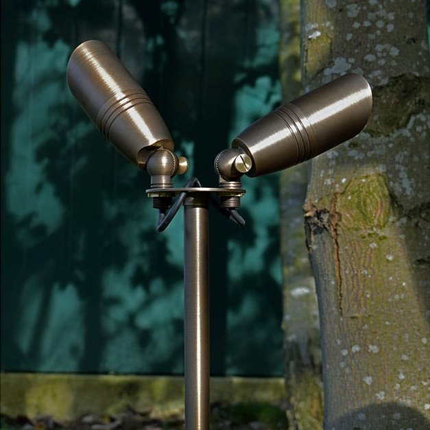 240v SOLID BRASS TWIN GARDEN SPIKE LIGHT (HARD WIRED) - BUY ONLINE