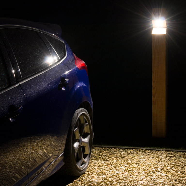 Stratton Single Illuminated Path/Drive Pedestal